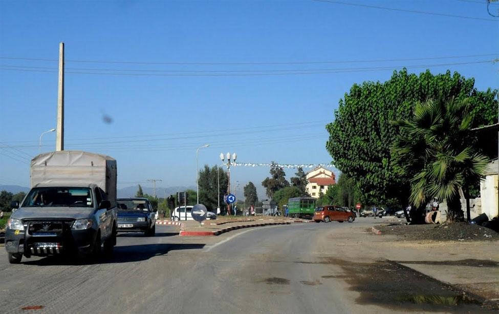 Photo of سائق سيارة ينجو من هلاك حقيقي بالطريق الوطني رقم 67 بين سيدي راشد والحطاطبة