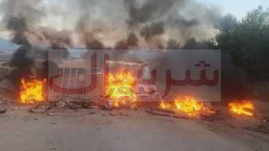 Photo of طالبوا بالعيش الكريم:  سكان قرية الهواري أحمد ببورقيقة يحتجون بسبب التهميش والنسيان