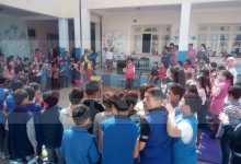 "Photo of بمدرسة ""مولود بويعقوب"" بالمهام في شرشال: جمعية المستقبل ورعاية الطفولة تنظّم عروضا بهلوانية للتلاميذ"